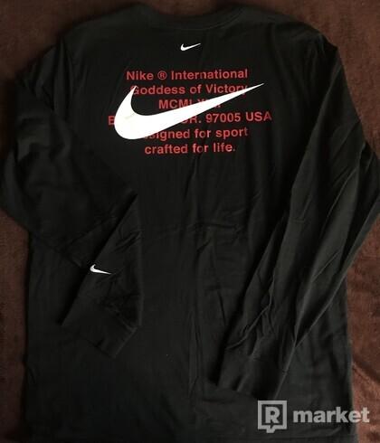Nike LS
