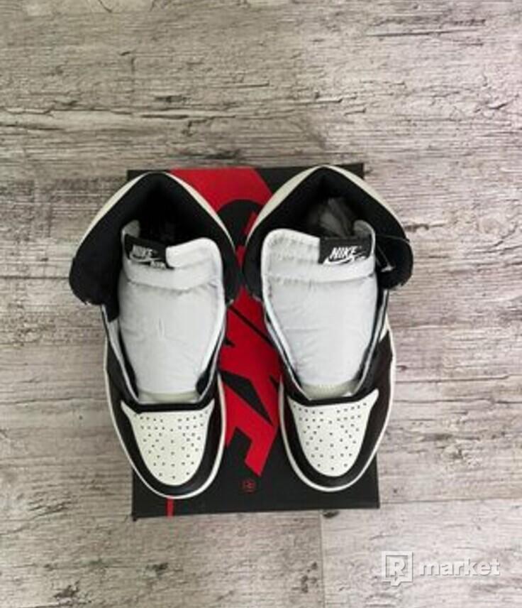 Jordan 1 Retro High Dark Mocha