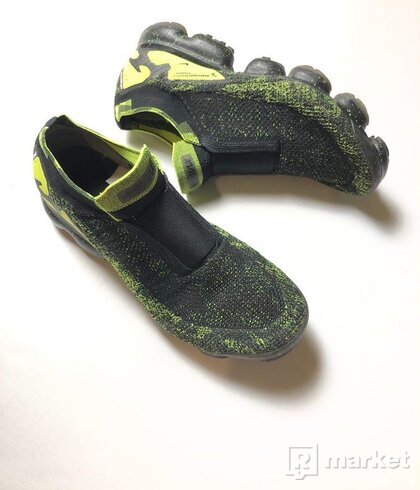 Nike x Acronym black/volt