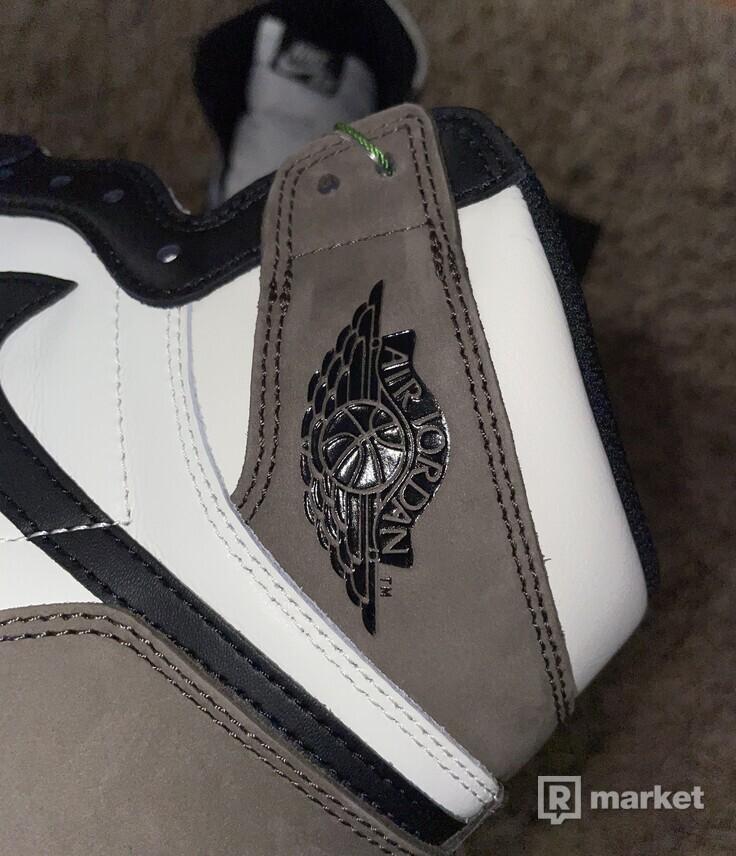 Air Jordan 1 Dark Mocha