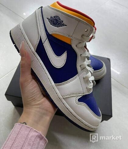 Jordan 1 Mid Royal Blue/Laser Orange