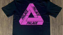 Palace Tri-to-help Tee L
