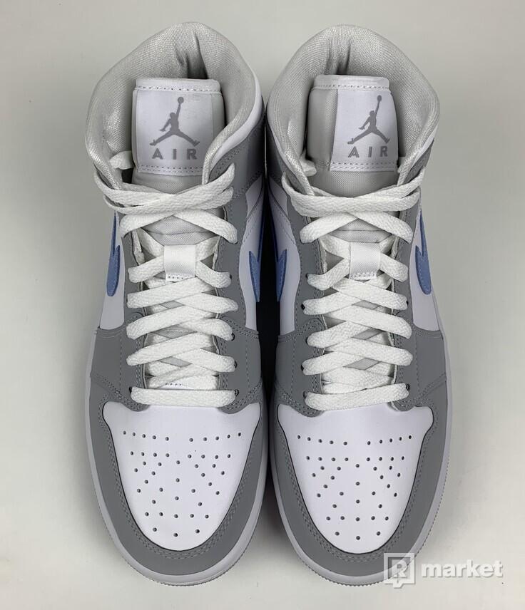 Jordan 1 mid Wolf Grey