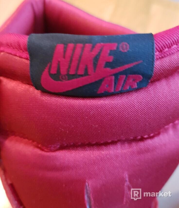 Nike Air Jordan 1 satin snake chicago