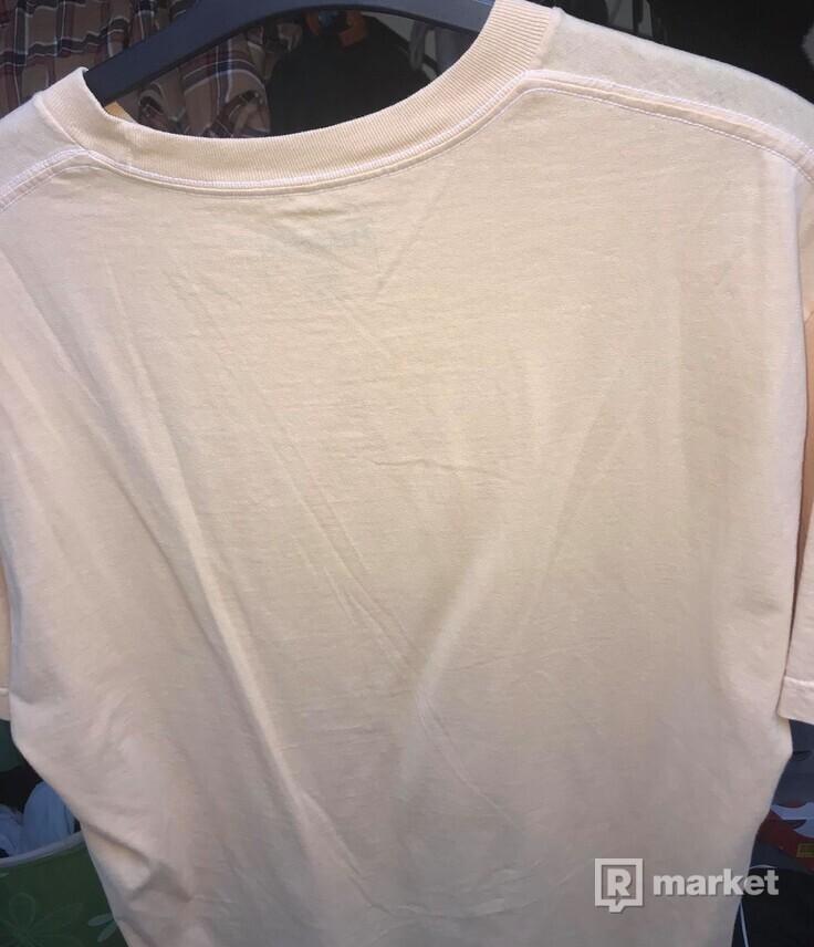tričko pleasures size L