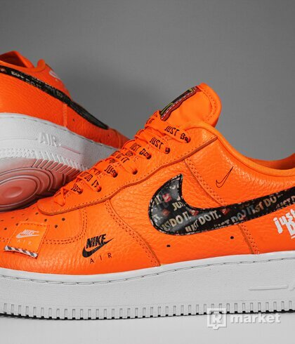 "Nike Air Force 1 Low ""Just Do It"" Orange"