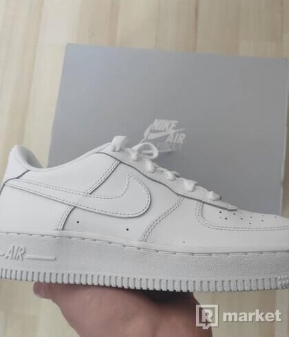Nike AIr Force 1 Biele