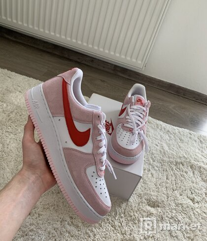 Air Force 1 Valentine's Day