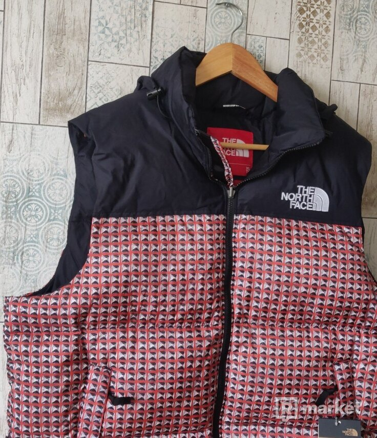Supreme/North Face Studded Nurse Vest