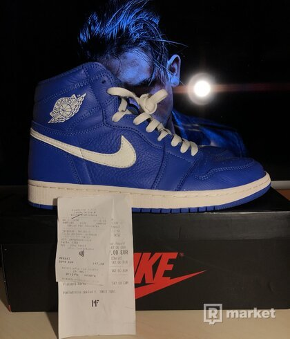 Air jordan 1 hyper royal