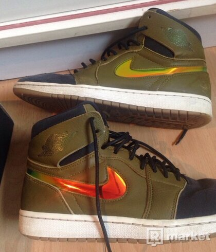 Jordan 1 Retro High Nouveau Militia Green