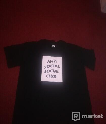 Anti social social club tričko