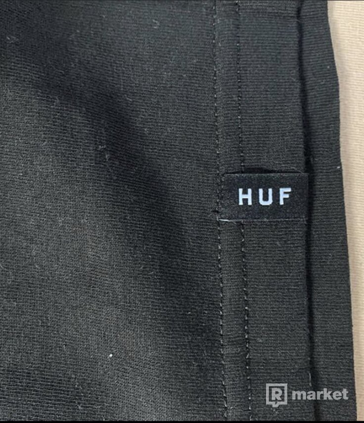 HUF longsleeve