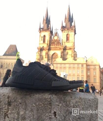 Adidas NMD R1 C Black