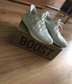 Adidas yeezy 350v2 white cream