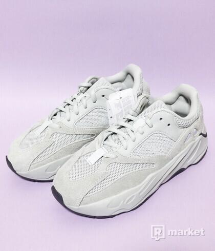 Adidas Yeezy 700 Salt