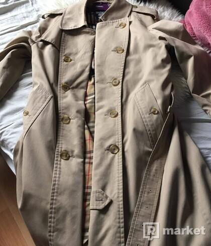 Burberry kabát