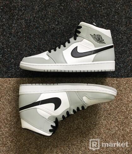 Nike Air Jordan 1 Mid Smoke Gray