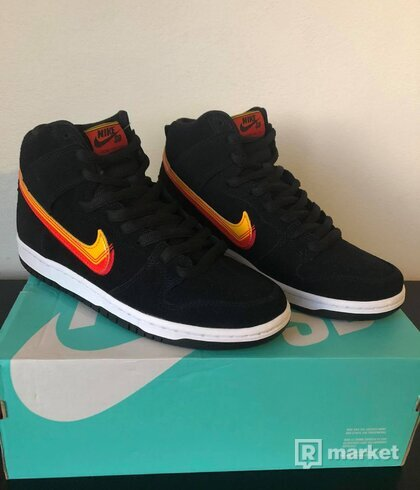 Nike SB Dunk High Pro Truck It