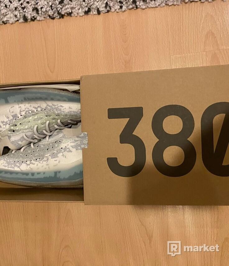 Yeeze 380 Aliblue