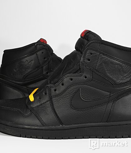 "Air Jordan Retro 1 High OG ""Triple Black"""