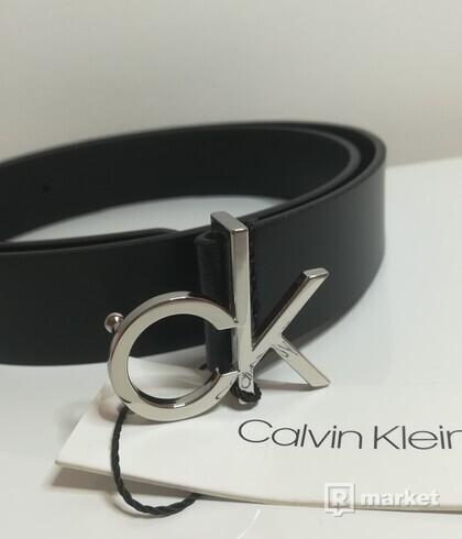 Calvin Klein opasok