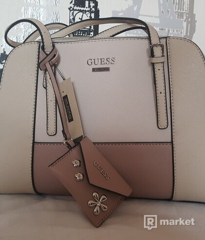 Guess  Blush multi