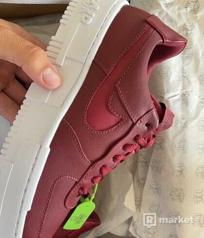 Nike air force 1 picel burgungy