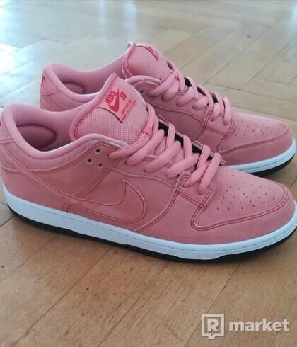 Nike SB dunk low PinkyPig