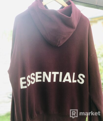Fear of God Essentials