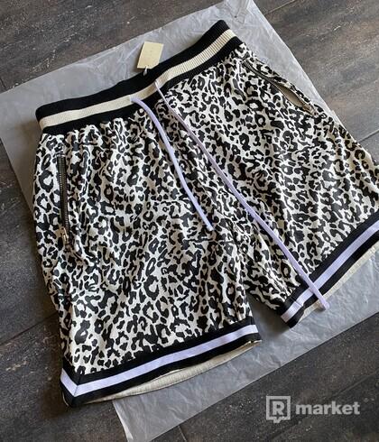 MNML Black Cat Shorts (L)