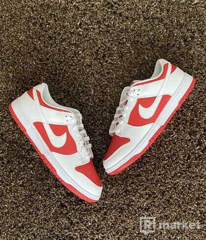 "Nike Dunk Low ""University Red"" (2021)"