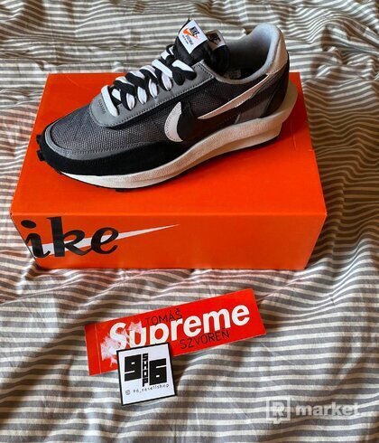 Nike SACAI waffle Black