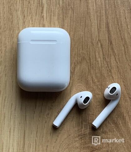 Apple AirPods 1.generácie