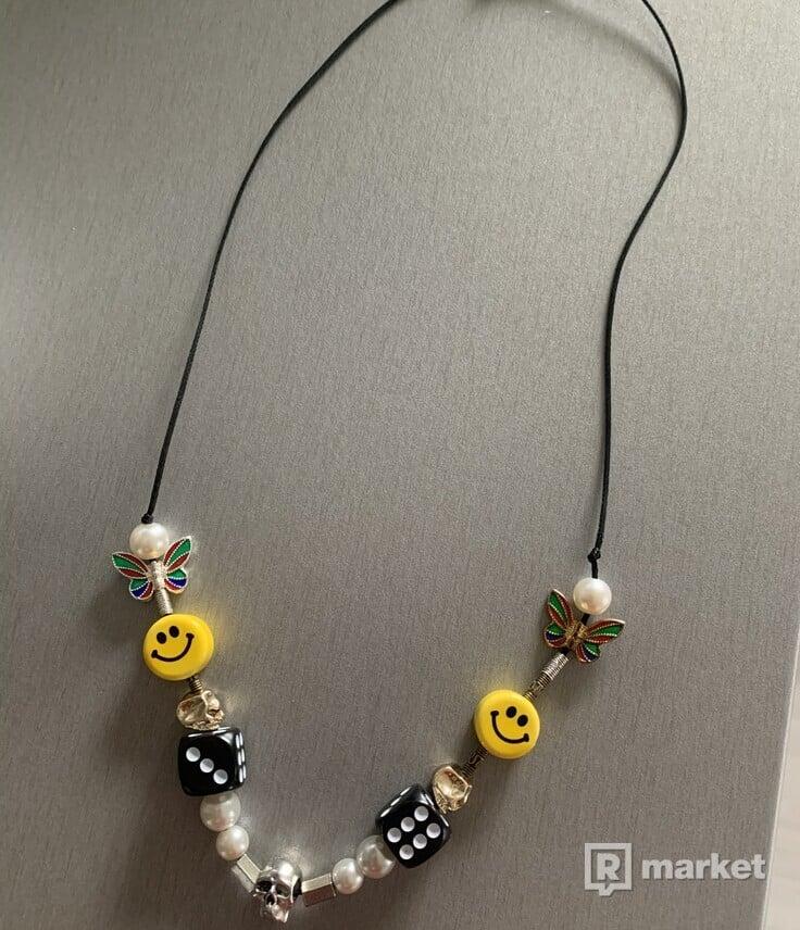 salute necklace