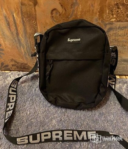 Supreme shoulder bag sa18