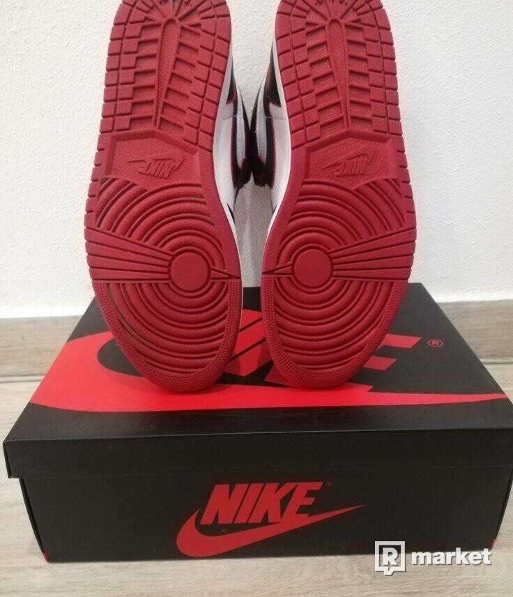 "Nike Air Jordan 1 Retro High ""Bloodline"""