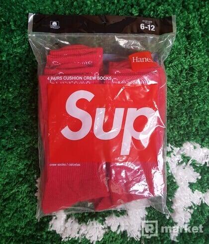 Supreme Socks red