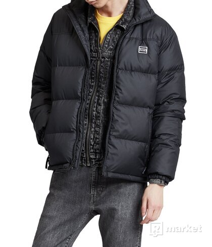 Levi's puffer jacket