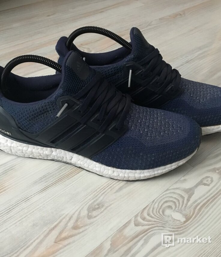 Ultraboost 2.0 collegiate navy