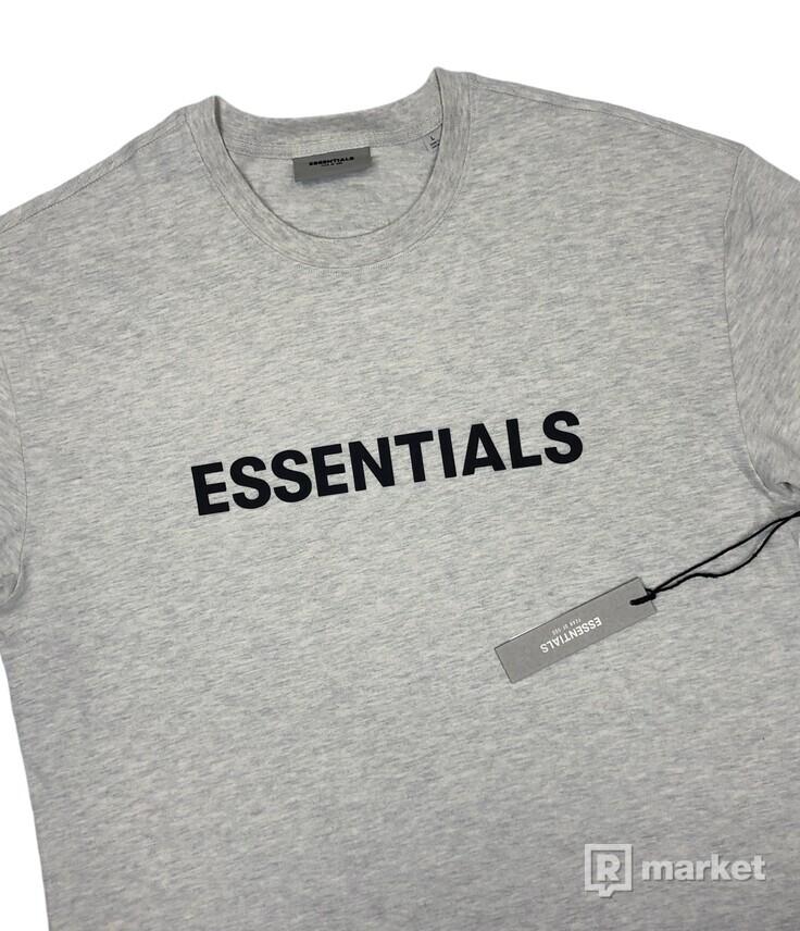 FOG ESSENTIALS Logo tee