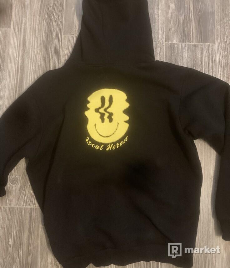 Local Heroes Smile hoodie