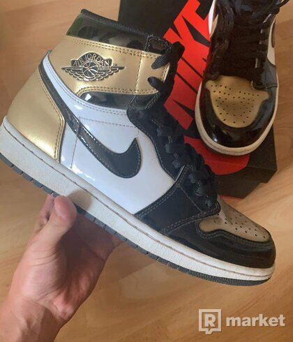 Air jordan 1 panent gold toe