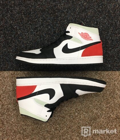 Air Jordan 1 Mid Union Black Toe