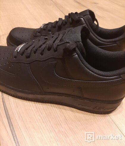 Nike Air Force 1 black 45