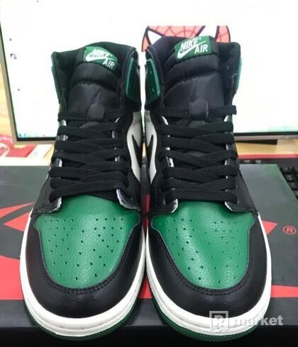 Air Jordan 1 High Pine green
