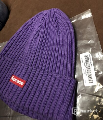 Supreme beanie purple