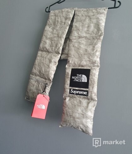 Supreme X North Face Paper Print Scarf