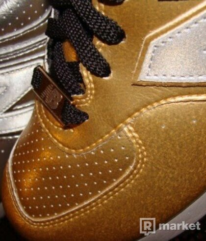 LIMITED EDITION NEW BALANCE GOLD 576