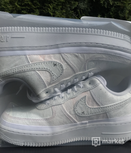 Nike Air Force 1 LX Reveal a Tear away white